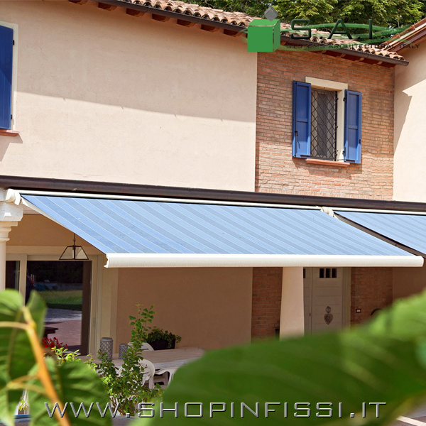 Tende Da Sole Con Bracci.Tenda Da Sole A Bracci Con Cassonetto Sistemi Per L Architettura